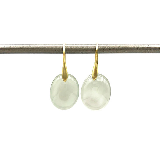 Green Moonstone Cabochon Earrings | 18k Yellow Gold
