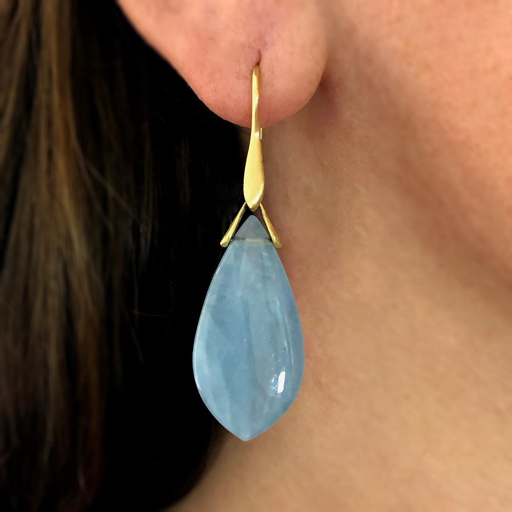 Aquamarine Trapeze Earrings | 18k Yellow Gold
