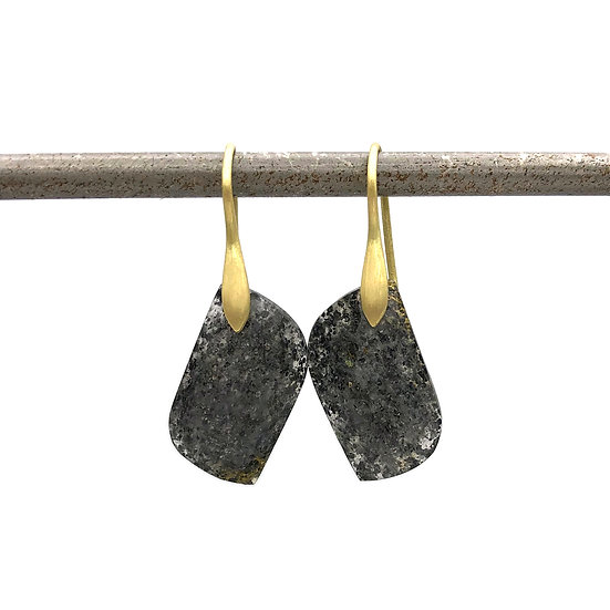 Black Sunstone Asymmetrical Drop Earrings in 18k Recycled Yellow Gold