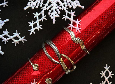 Holiday Present Profile: A Gift Guide for The Women in Your Life