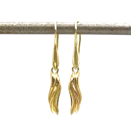 Everyday Drop Earring Wave Dangle Earring in 18k Recycled Yellow Gold