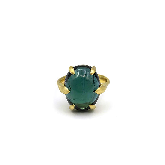 Amazon Collection Oval Green Tourmaline Cabochon Ring in 18k Recycled Yellow Gold