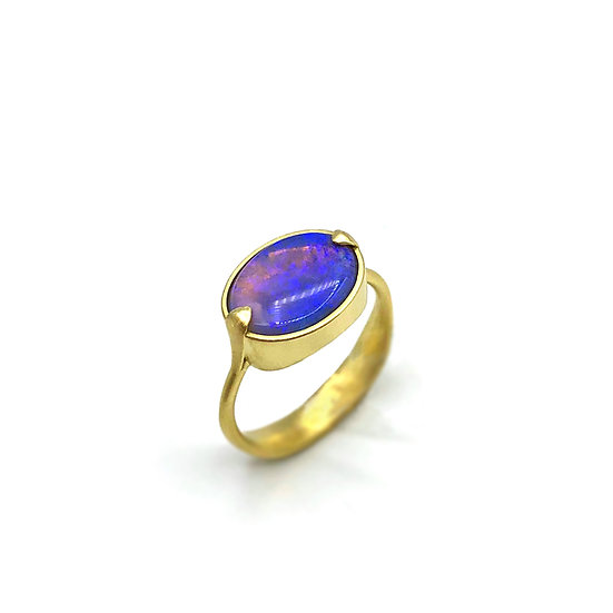 Oval Blue Opal Amazon Ring | 18k Yellow Gold