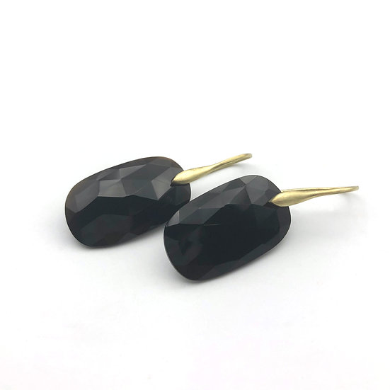 Black Onyx Earrings | 18k Yellow Gold