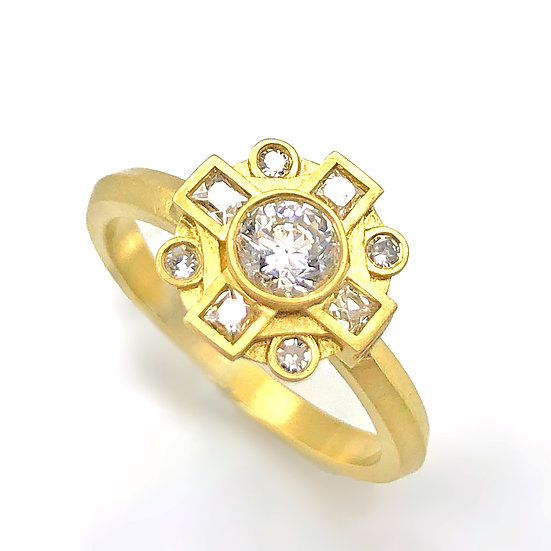 Heirloom Redesign Diamond Mosaic Ring in 18k Recycled Yellow Gold