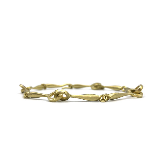 Handmade Chain Amazon Circle Link Bracelet in 18k Recycled Yellow Gold  6.5 inches