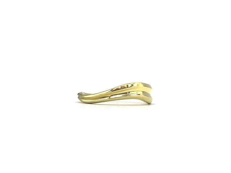 Terrace Undulating Band Ring in 18k Yellow Gold