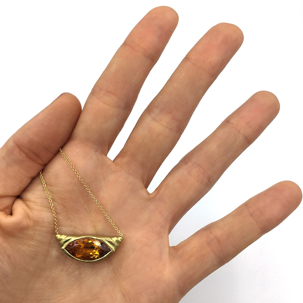 Engagement Croissant in 18k Yellow Gold and Citrine
