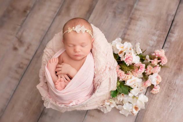 newborn-photograph-oshawa.jpg