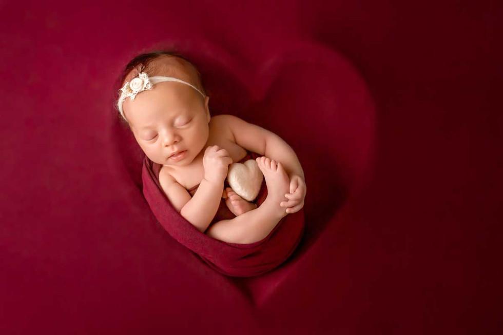 newborn-photgraph-durham-region (6).jpg