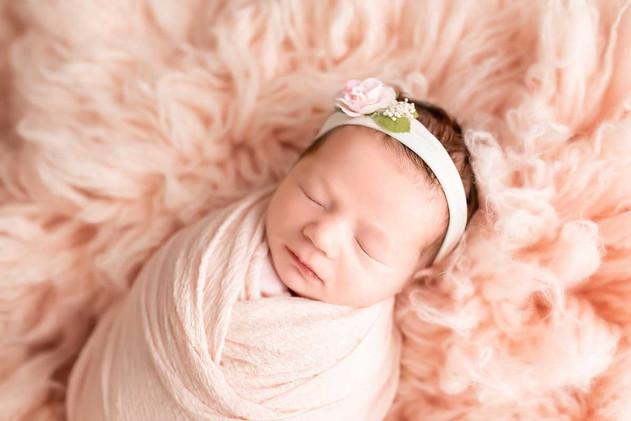 Newborn-portrait-in-pink.jpg