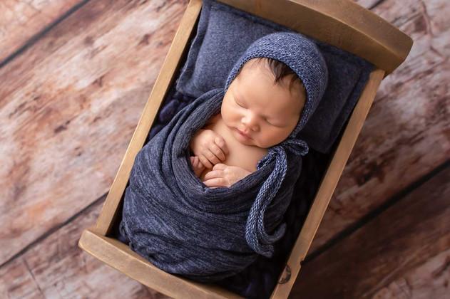 newborn-photgraph-whitby (5).jpg