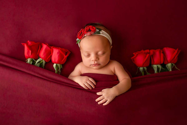 newborn-photgraph-durham-region (7).jpg