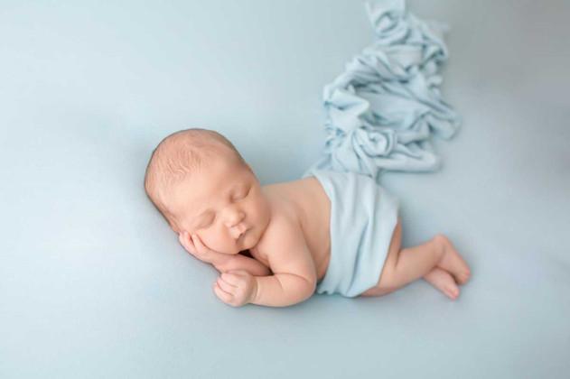 newborn-photograph-oshawa (3).jpg