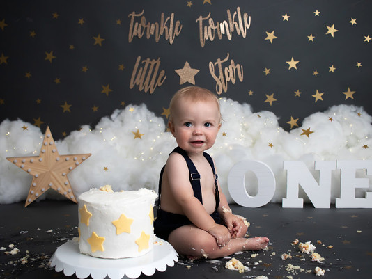 Emmett Turns One | Cake Smash & Splash