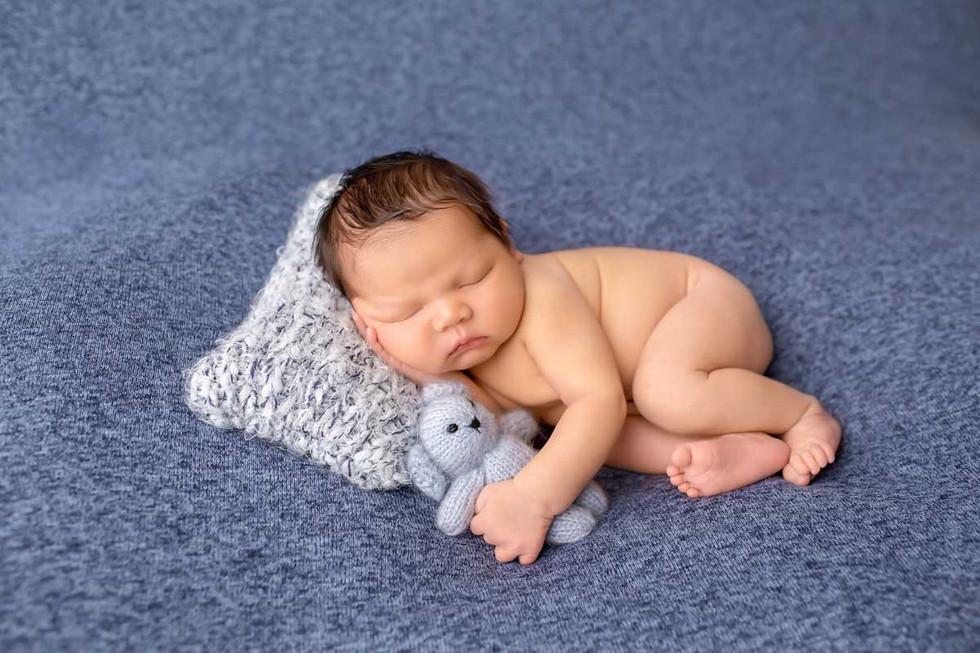 newborn-photgraph-ajax.jpg