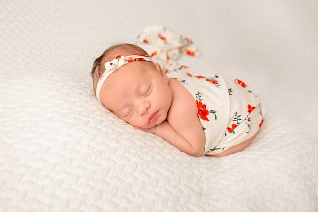 newborn-photgraph-durham-region (8).jpg