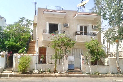 Villa 4 Bedrooms For Sale Hadaba