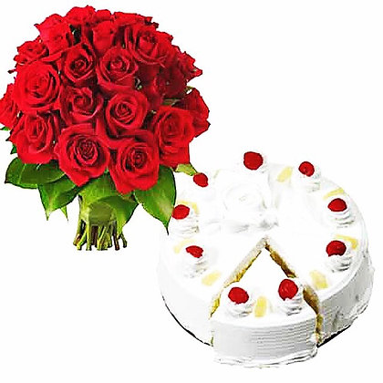 Red Roses and Vanilla Cake