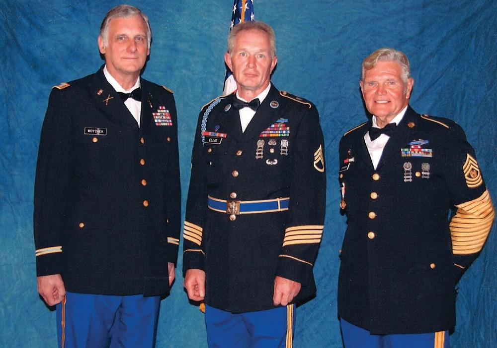 Lyle Ellis (Middle)