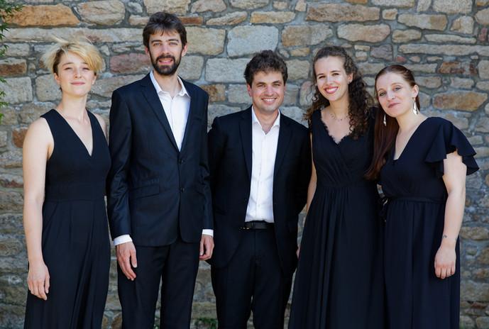 Ensemble Sottovoce (quatuor et pianiste, 2021) - © Francis Payol
