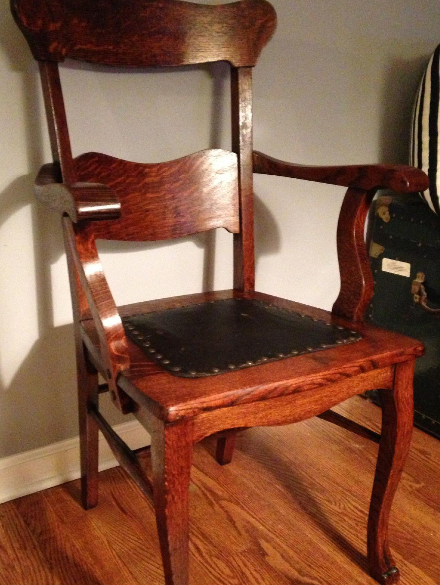 Antique_Chair_Restoration.jpg 2014-9-29-22:34:49
