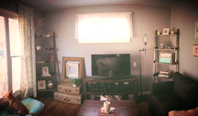 Livingroom2_edited.jpg