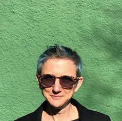 Liz Breslin / writer
