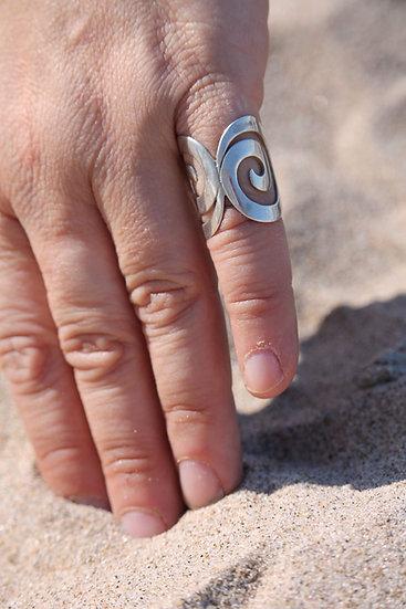 Double Swirl Ring