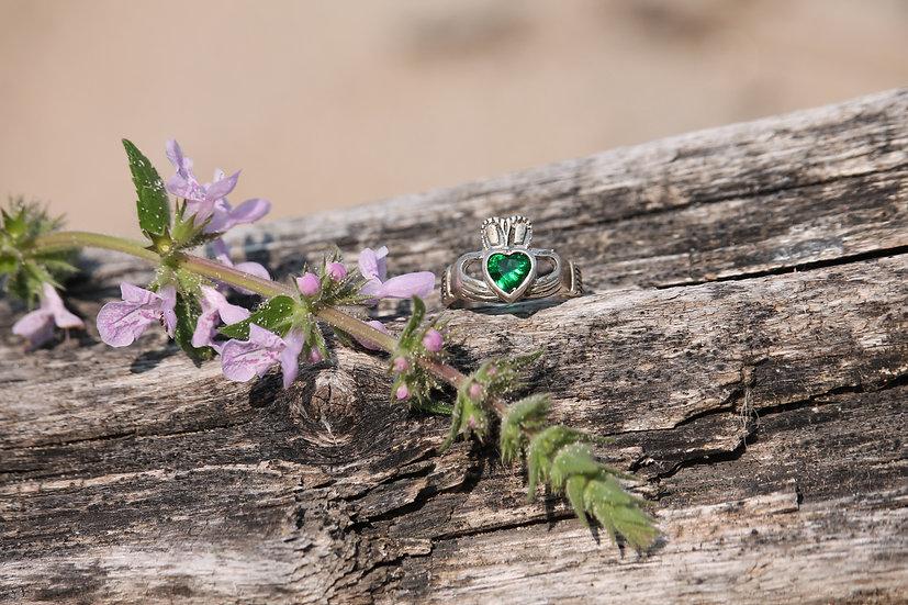 Celtic Emerald Ring