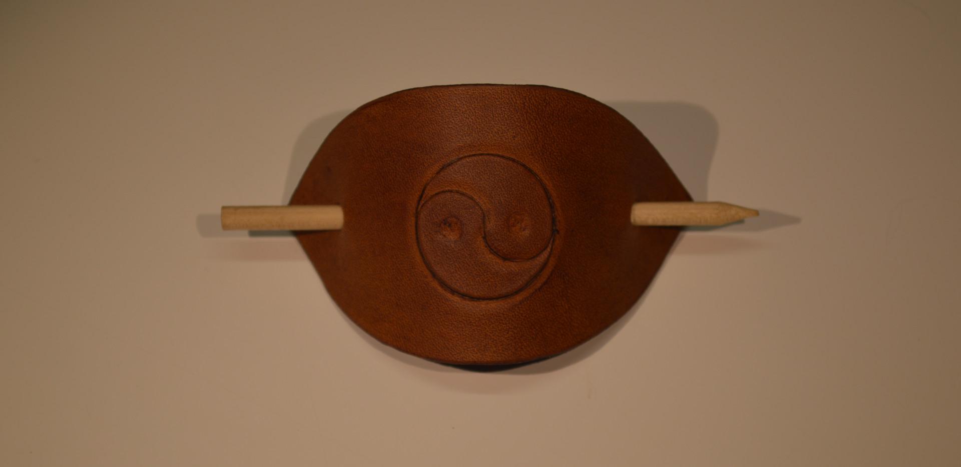 Broche à cheveux yin et yang