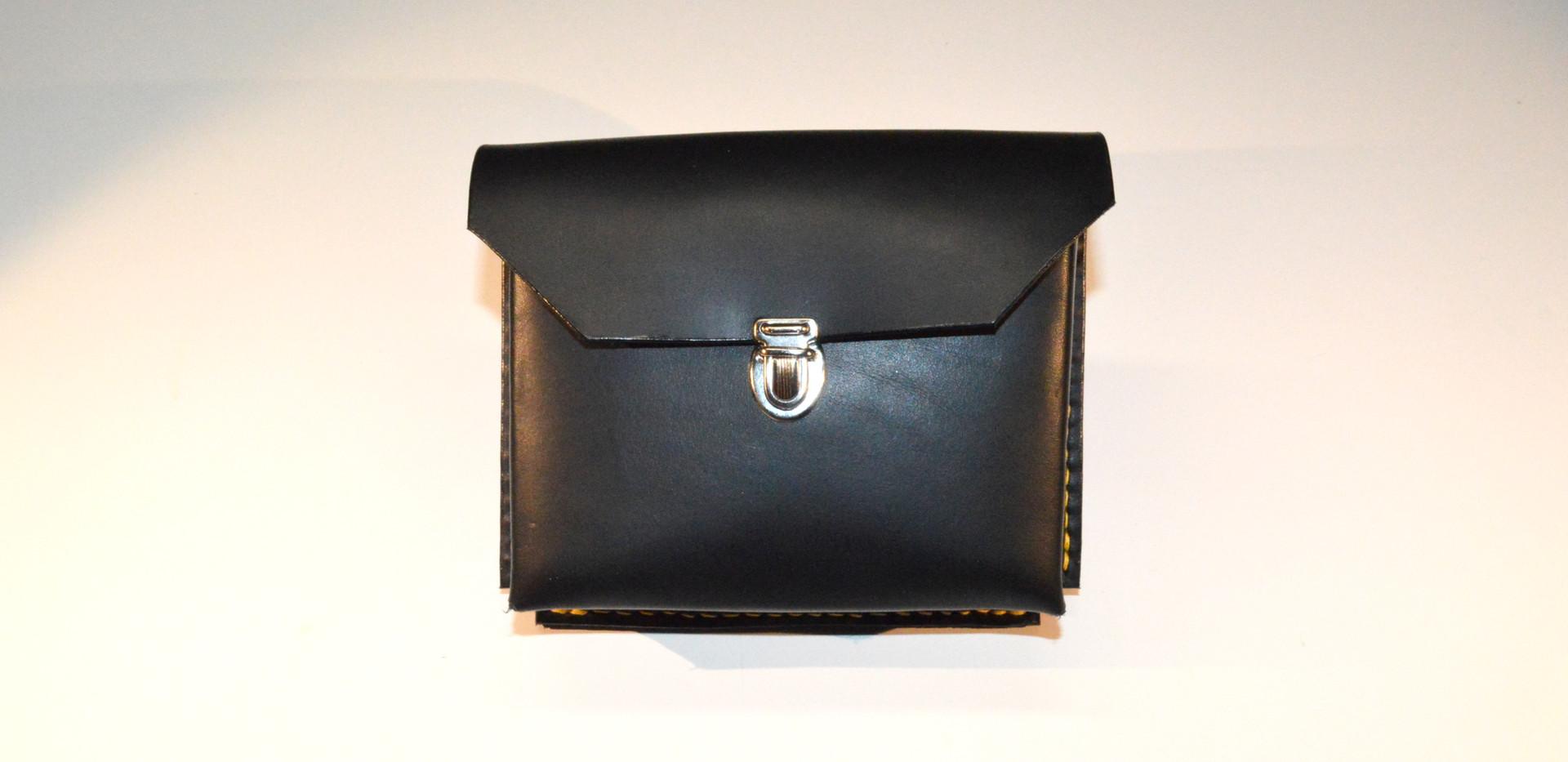 Pochette ceinture en cuir noir