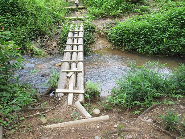 めだかの学校へ渡る小さな橋