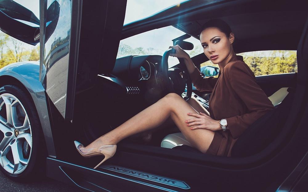 Supercar Girl