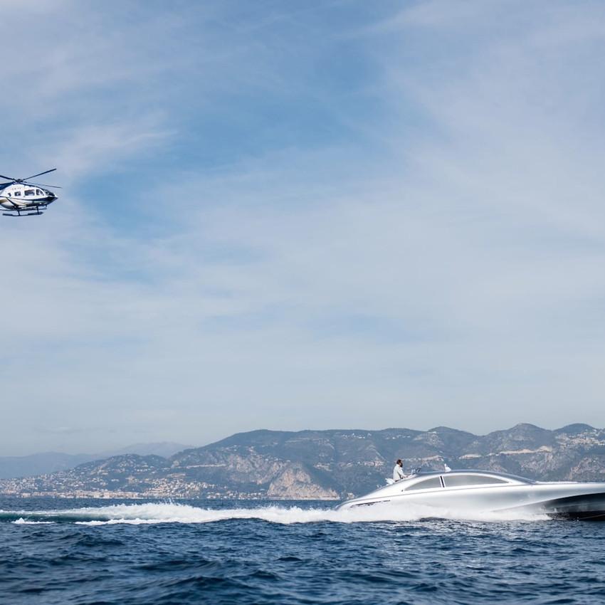 mercedes-benz-arrow460-powerboat-yacht-25