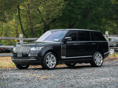 Black 2018 Range Rover Applied With Gold Package