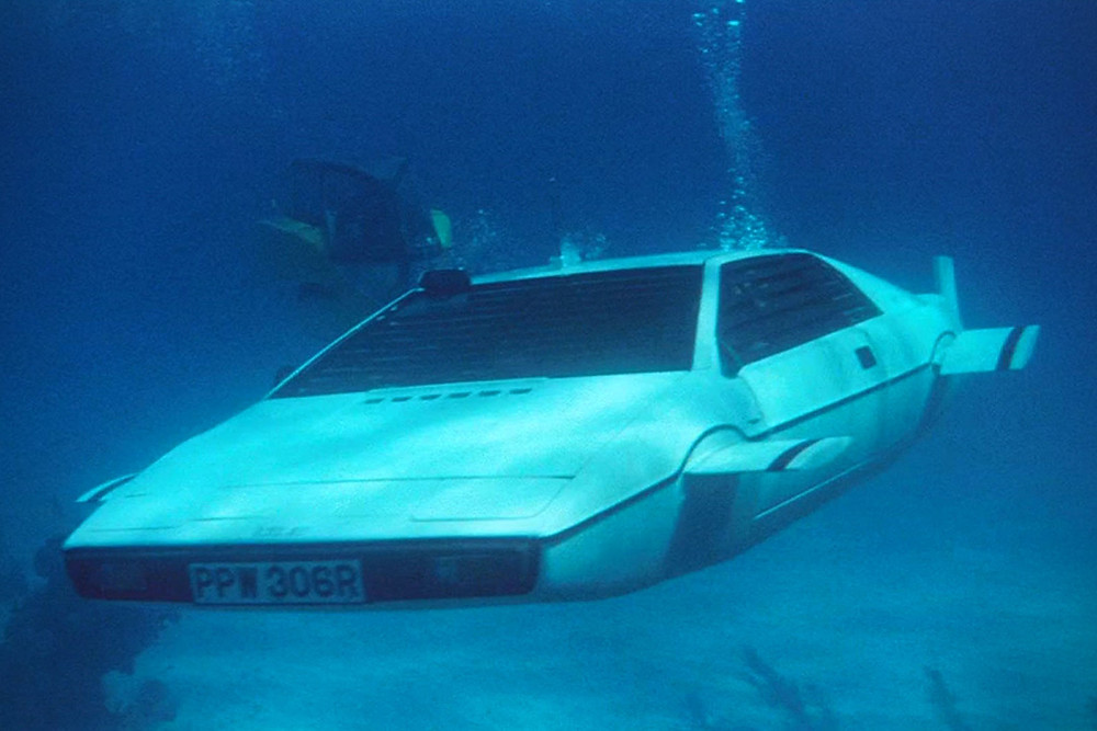 1976 LOTUS ESPRIT S1 'WET NELLIE' | The Spy Who Loved Me