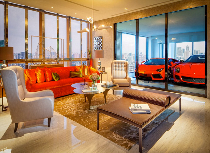 PISTION PUMPING PENTHOUSE IN NEW YORK