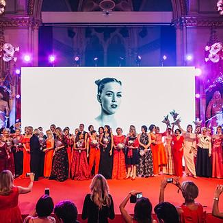 look! WOMEN OF THE YEAR AWARD - GALA 2018
