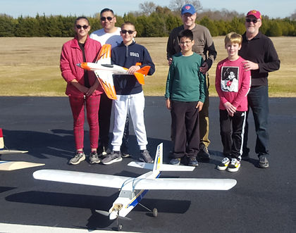 EAA Visitors 11-16-19_edited.jpg