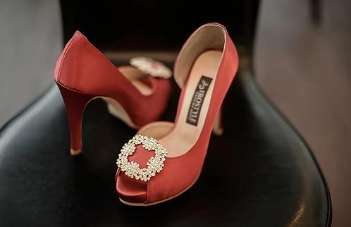 馬諾洛鑲鑽綢緞鞋飾(薔薇紅)・IA141120(Red)