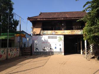 カンボジア愛のセンター訪問