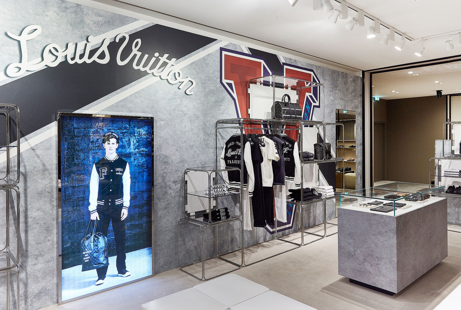 Pop Up Store Louis Vuitton Mike Fuchs