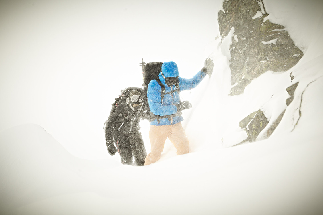 Fighting in the whiteout. Expedition Photography