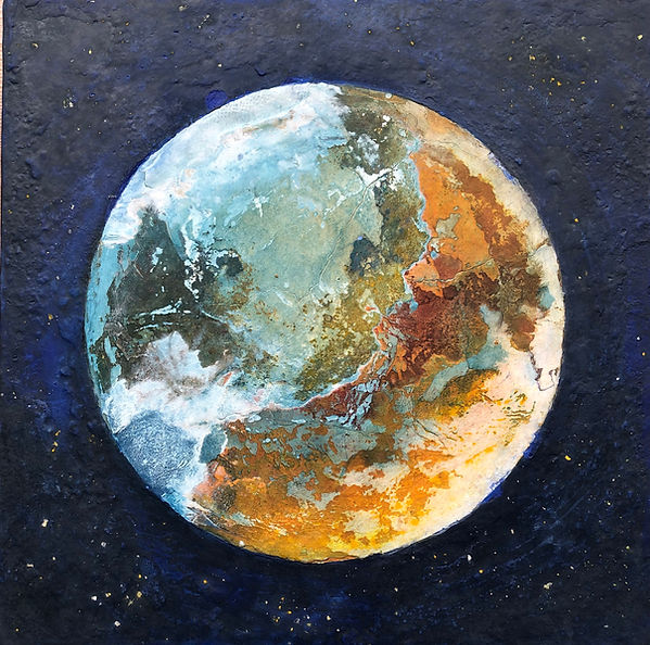 Planet_CO-19-4._35x35cm._2020._Stucco_y_