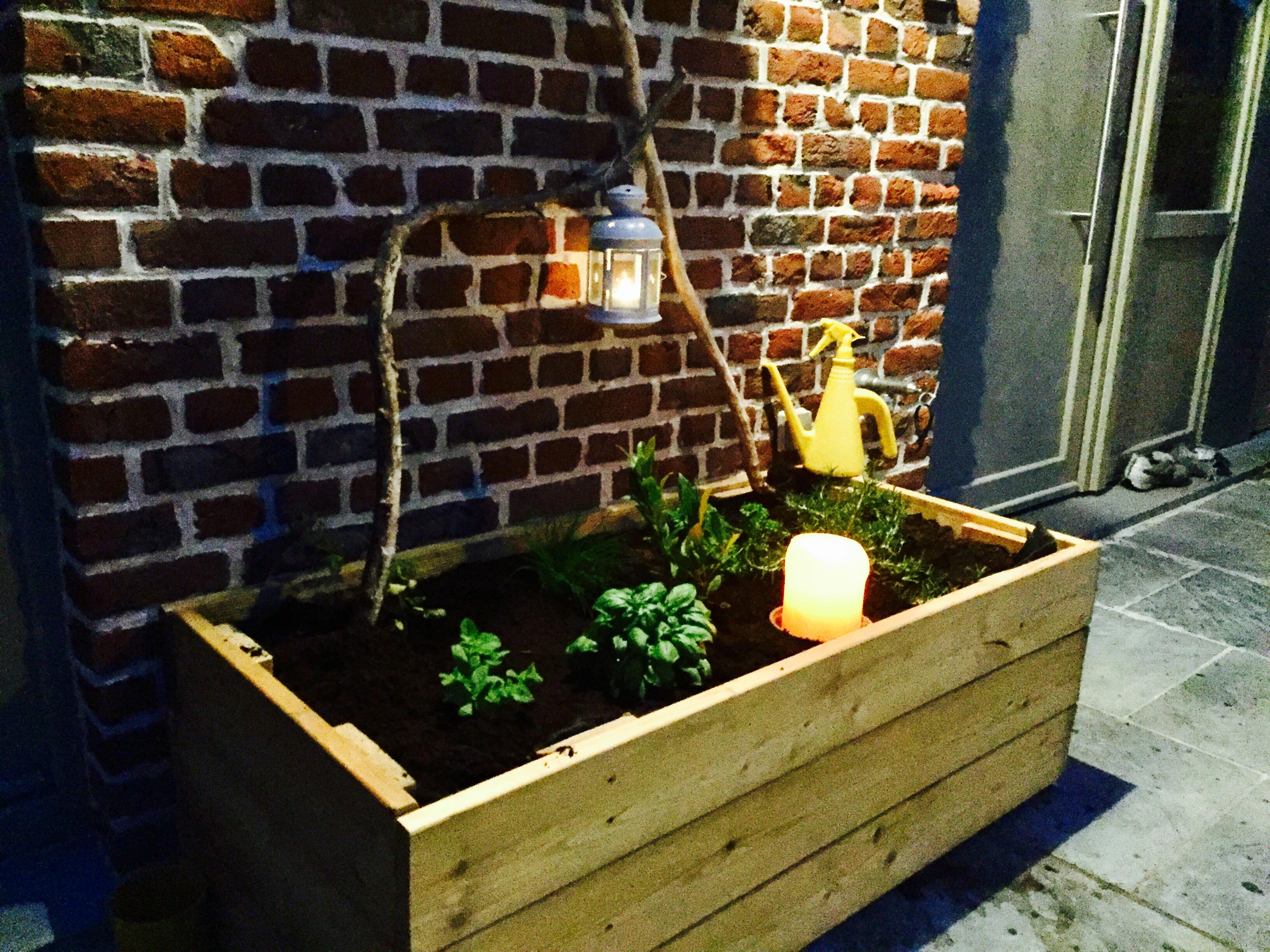 Bac Mélèze & plantes aromatiques