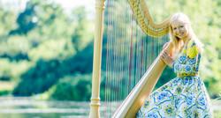 Zoe Winter - Harfenistin und Musikpädagogin