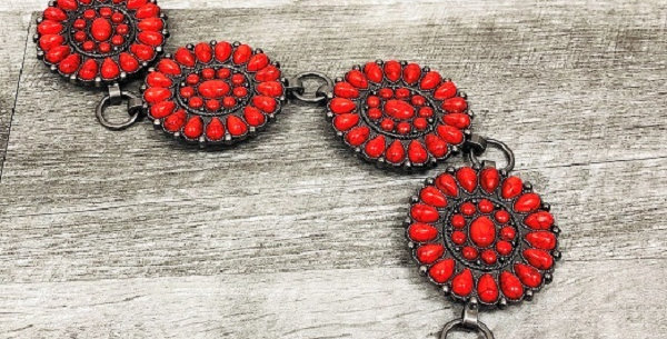 Red Stone Chain Belt