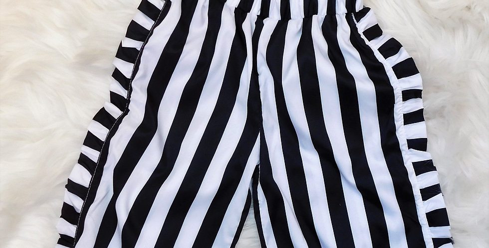 Black and White Stripped Crop Top