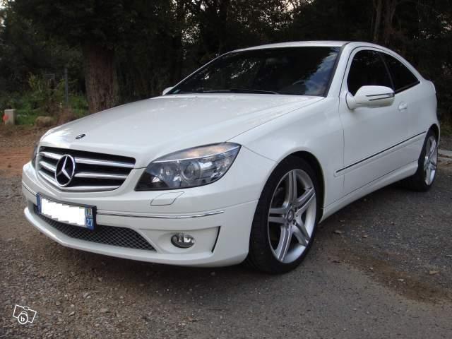 Mercedes+220